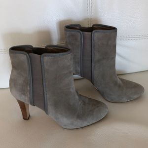Light great suede boots